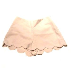 Monteau Shorts - Tan Monteau fitted scallop shorts